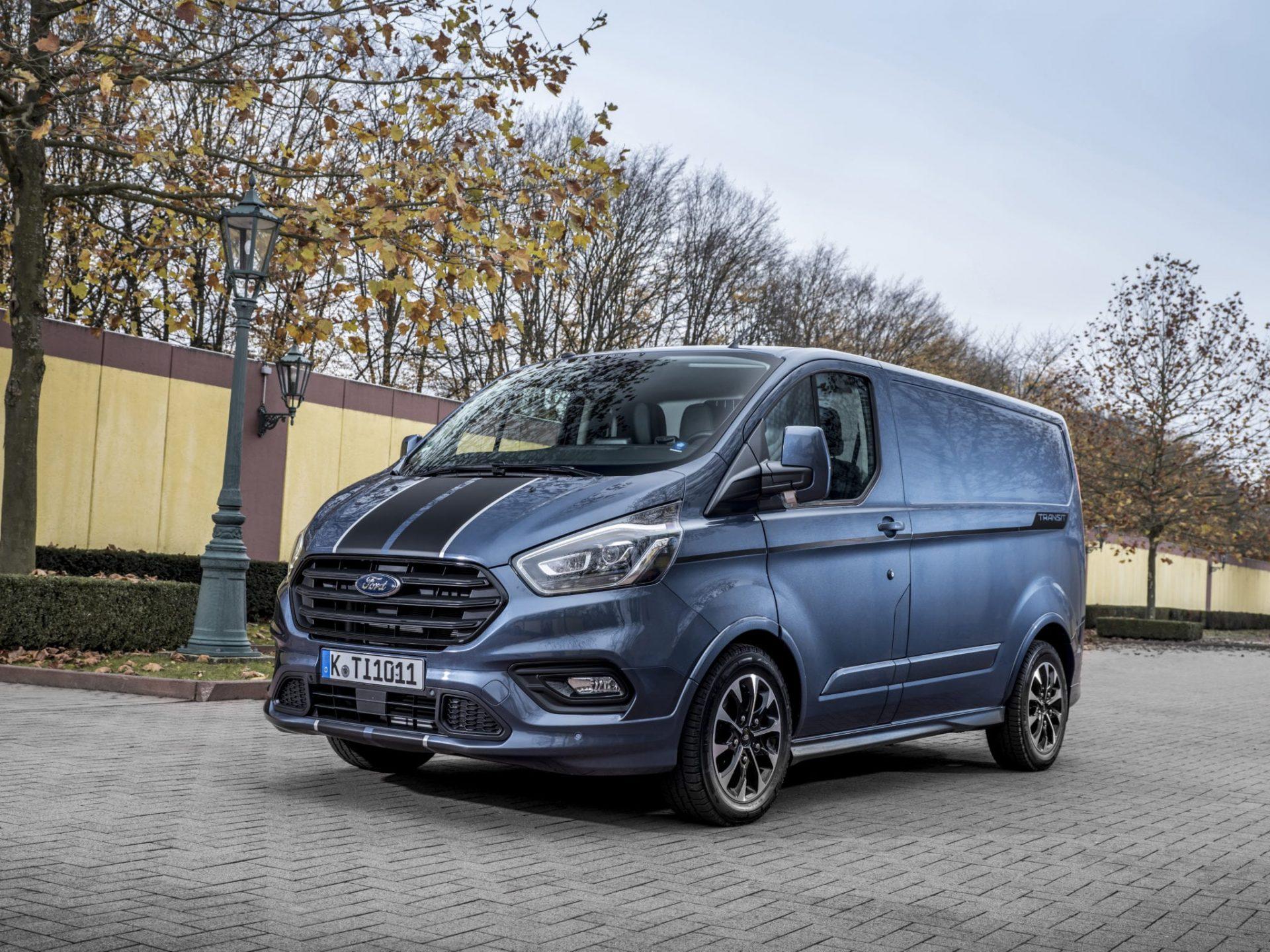 New 2018 Ford Transit Custom Sport