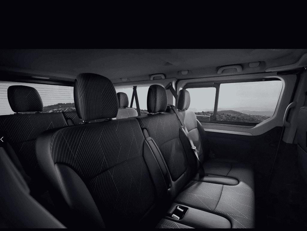 Renault-Trafic-Minibus-interior-