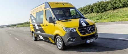 25 years of Mercedes-Benz Sprinter: A pioneer of safety for a quarter of a century: the Mercedes-Benz Sprinter